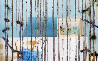 Вязаная крючком шторка — 5 уютных проектов
