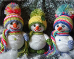 Снеговик крючком. Новогоднее вязание